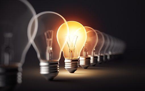 La US determina cómo ahorrar hasta 400 euros en la factura de la luz