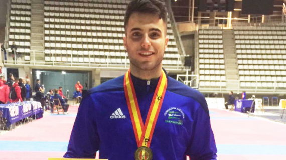 El tomareño Ávaro Leo, campeón nacional senior de Taekwondo