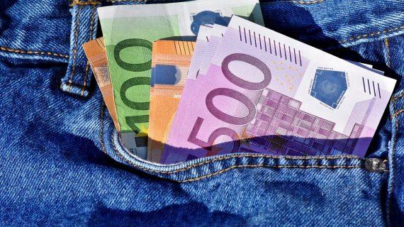 Entérese en qué gastarían los europeos un millón de euros