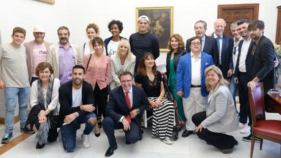 Los jóvenes debaten en Sevilla sobre paz y justicia con reconocidas personalidades