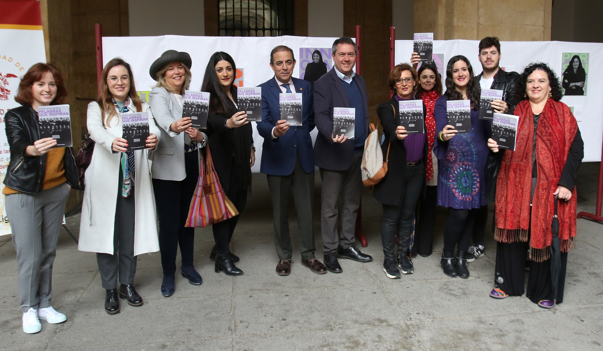 Una muestra de la Universidad de Sevilla aglutina a jóvenes científicas