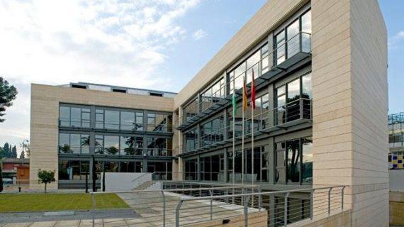 El Colegio de Aparejadores presenta el Centro de Negocios de la Edificación de Sevilla
