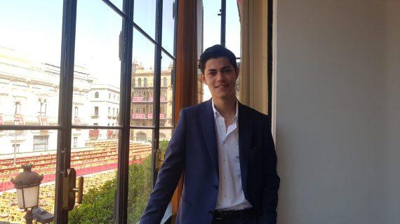 """Rafael González Graciani: """"Los jóvenes de ahora preferimos fijarnos en lo que nos une"""""""