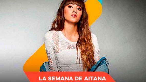 Colas en la Fundación Cajasol ante la llegada de la cantante Aitana
