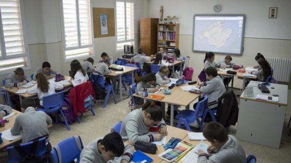 Más de 137.000 alumnos de Primaria estrenarán libros el próximo curso