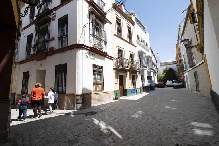 Culminadas las obras de reurbanización en la calle Enrique el Cojo