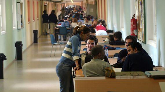 La universidad pública andaluza congela sus tasas para el curso 19/20