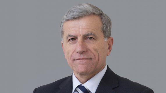 Premiada la labor docente del catedrático de la US Antonio Gómez Expósito