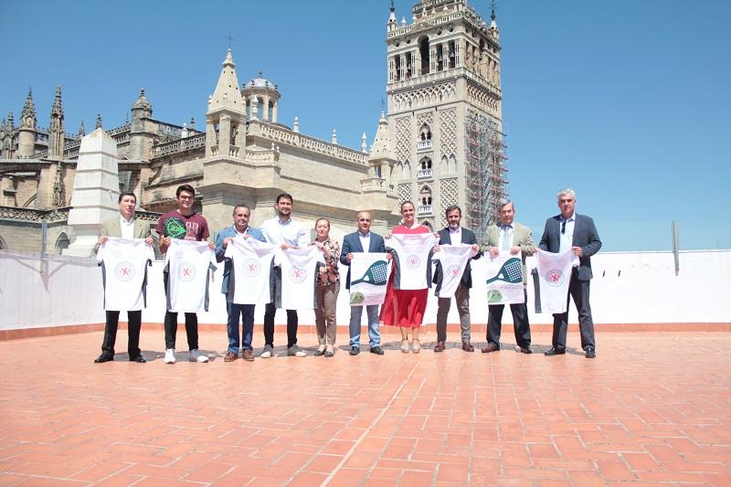 Torneo de pádel para apoyar a los padres de hijos con cáncer en Sanlúcar la Mayor