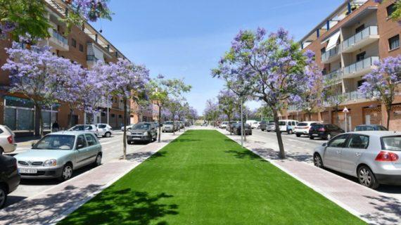 Tomares estrena un nuevo bulevar ajardinado en la Avenida del Olivar