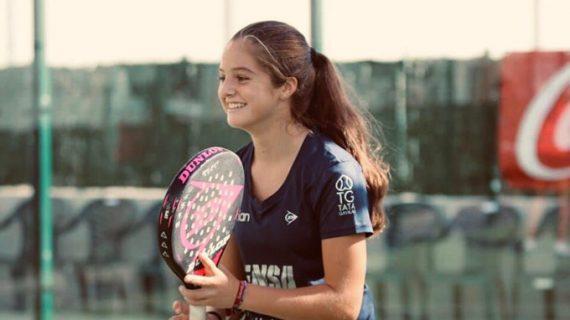 La sevillana Marta Borrero, una Campeona del Mundo de 16 años que despunta en pádel