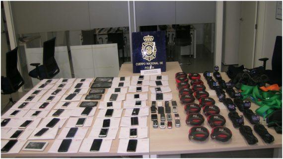 La Policía Nacional detiene a una persona dedicada a comprar y traficar con objetos robados
