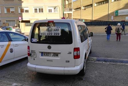 Las personas con movilidad reducida contarán con más taxis en Sevilla