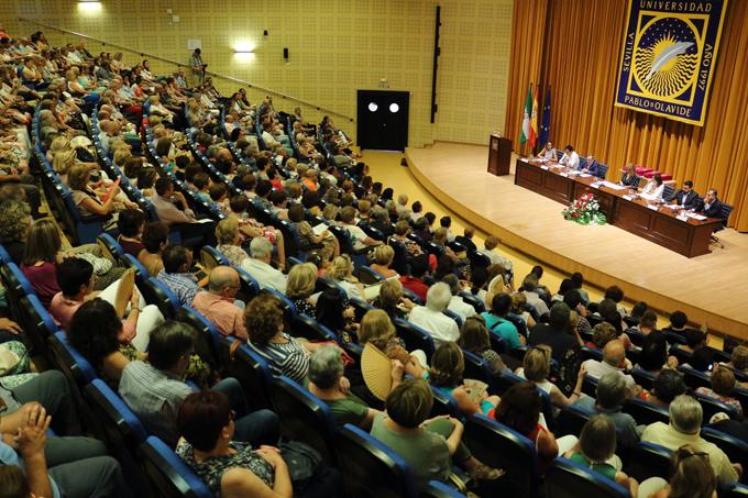 Un total de 943 mayores de 21 localidades sevillanas finaliza el curso del Aula Abierta de la UPO