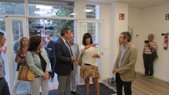 Sevilla adecua cuatro locales comerciales para transformarlos en iniciativas empresariales
