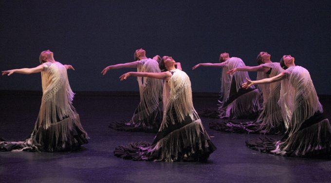 El Centro Andaluz de Danza clausura el curso con la puesta en escena de 'Amalgama' en el Teatro Central