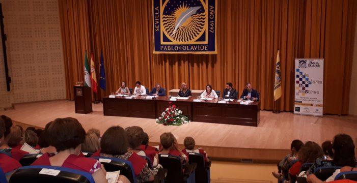 Más de 30 estudiantes de Alcalá de Guadaíra se gradúan en el Aula Abierta de Mayores