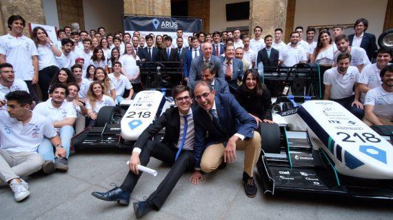 Estudiantes de la Universidad de Sevilla diseñan y fabrican dos monoplazas para competición automovilística