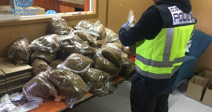 Incautadas más de dos toneladas de tabaco de contrabando en Écija