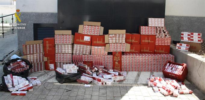 Detienen a 16 personas en Alcalá tras intervenirles 14.340 cajetillas de tabaco de contrabando