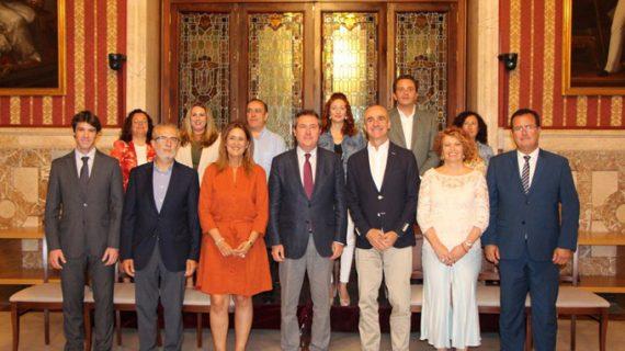 Siete grandes áreas y seis delegaciones conforman la nueva estructura de gobierno del Ayuntamiento de Sevilla