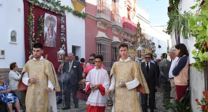 Marchena saca a la calle lo mejor de sí misma en el Corpus