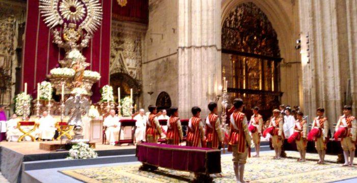 Sevilla reluce más que el sol en su Corpus