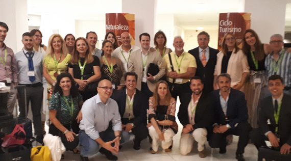 Una treintena de empresas turísticas sevillanas refuerzan la promoción del destino provincial en el sur de Portugal