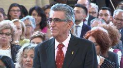 El Rey impone la condecoración de la Orden del Mérito Civil a un vecino de Mairena