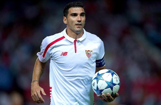 Los sevillanos se despiden del futbolista José Antonio Reyes