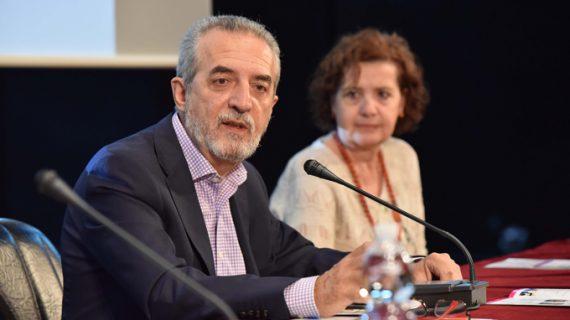 Sevilla contrata a 88 profesionales durante 3 años para el Plan de Intervención Social en zonas desfavorecidas