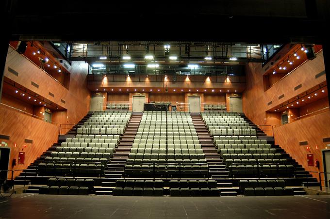 El Teatro Central explora la nueva escena andaluza a través de 10 propuestas y ocho horas de función en 'El futuro es ahora'