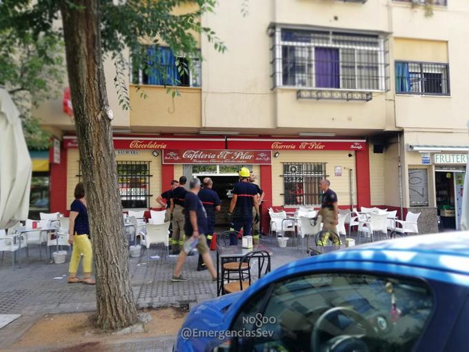 Sofocan un incendio en la cocina de bar en Nervión