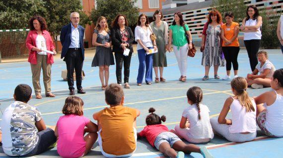 Sevilla pone en marcha una red de comedores escolares durante el verano