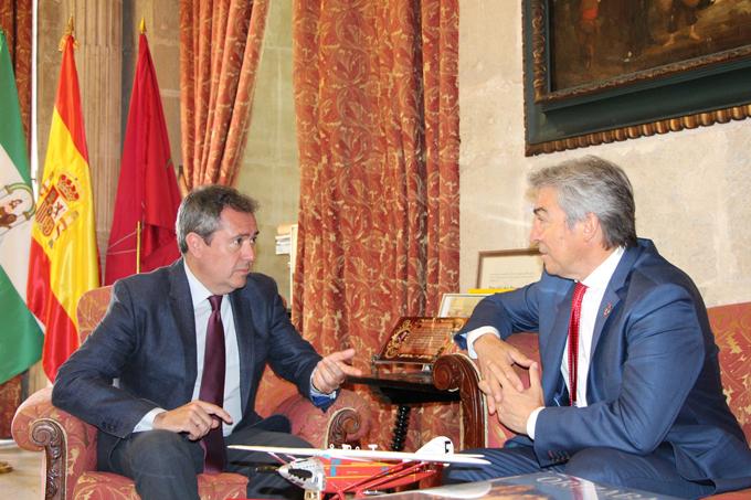 Estado y Ayuntamiento abordan los proyectos prioritarios para la ciudad de Sevilla