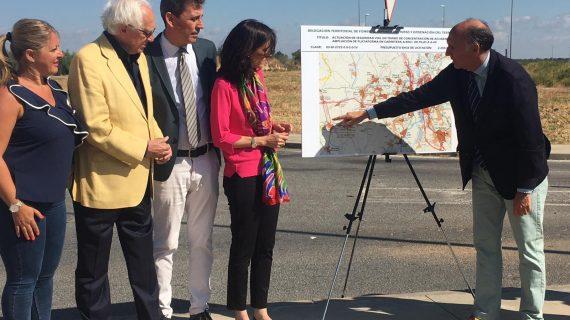 La carretera de Pilas que conecta con la A-49 mejorará su seguridad