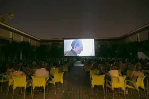 Cine gratis y campamentos de verano para las zonas con planes integrales en Cerro-Amate