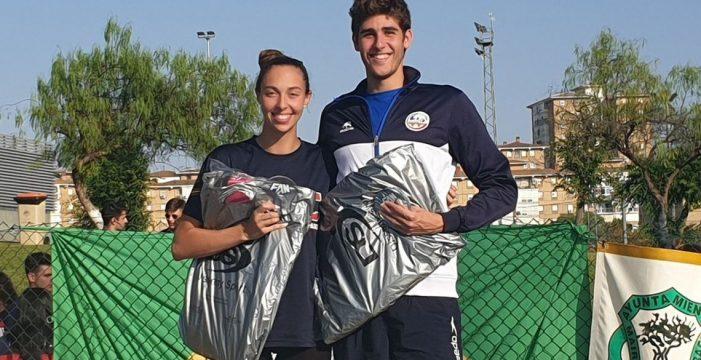 El Club de Natación Alcalá consigue excelentes resultados en el Campeonato Andalucía Junior y Absoluto
