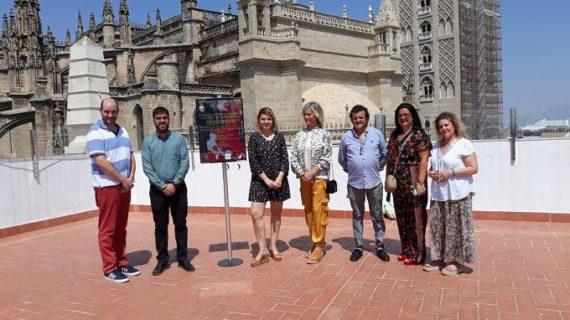Gerena celebra un desfile benéfico de moda flamenca del diseñador Ángel Corrales