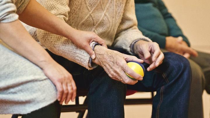 16.737 personas se benefician del Servicio de Ayuda a Domicilio para personas dependientes en la provincia de Sevilla