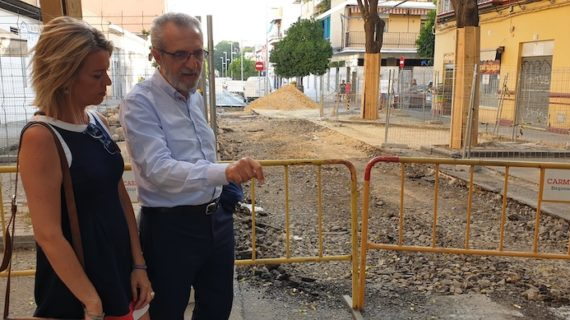 Inician las obras de reurbanización y renovación de redes de la calle José María de Pereda