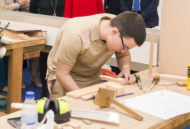 Las enseñanzas de Formación Profesional Dual amplían su oferta en la provincia de Sevilla con 31 proyectos nuevos