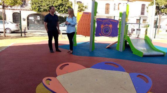 Finaliza el proyecto municipal de adecuación de cuatro zonas de juegos infantiles en Alcalá de Guadaíra