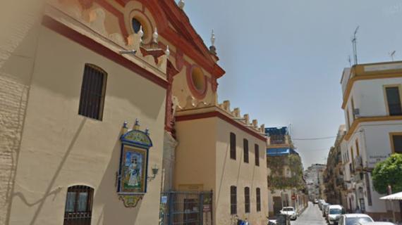 La Bandera del buque escuela 'Juan Sebastián de Elcano' se bendice en Santa Ana