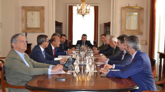 El embajador de Cabo Verde se reúne con empresarios sevillanos