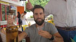 El filólogo Alberto Reina Tormo es profesor de inglés en una universidad de Guadalajara, donde se mudó por amor hace tres años