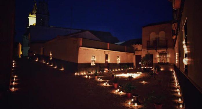 La Soledad llena de velas la noche de Gerena para celebrar su día grande
