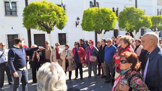 Casi 2.000 sevillanos participan en 36 rutas del programa 'Conoce la Provincia'