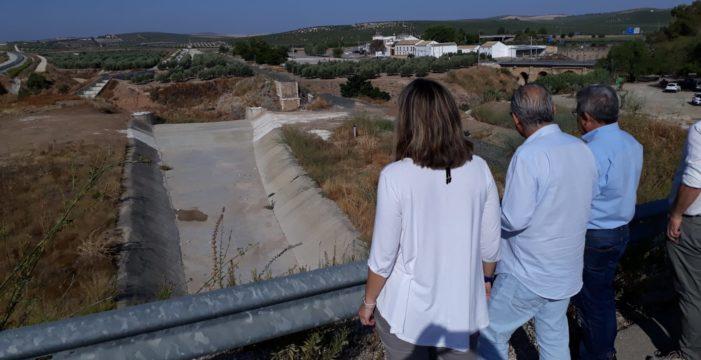 Finalizan los trabajos de limpieza del Arroyo de Gilena en la desembocadura del río Blanco para evitar las inundaciones