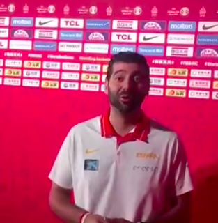 Un sevillano, entre los campeones del mundo de baloncesto en China